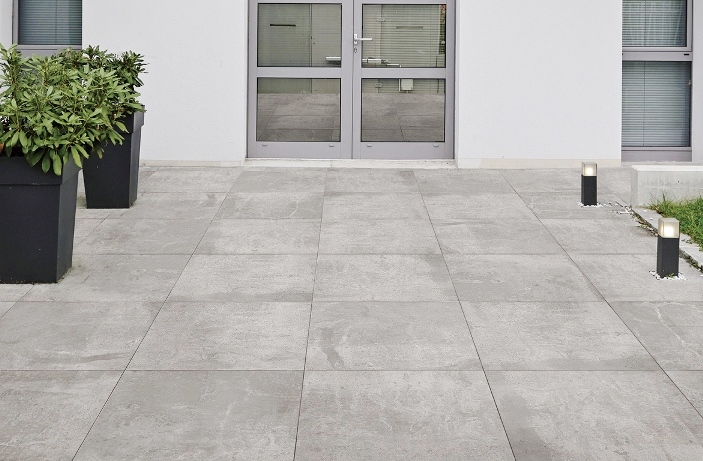 DARK-GREY GRIP PAVER REGENERATED-STONE