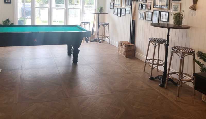 DARK-OAK MATT PARQUETRY