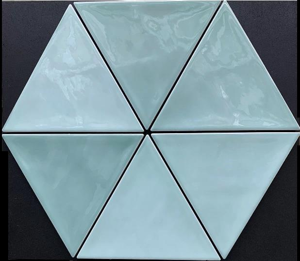 GREEN GLOSS TRIANGULUS